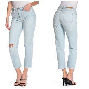 GRLFRND Helena Distressed Jeans